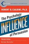 Influence - Robert B. Cialdini (Paperback)