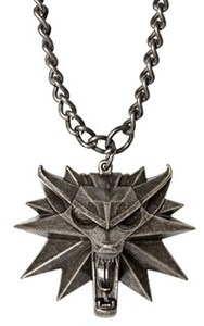 The Witcher 3: Wild Hunt Medallion and Chain - Cover
