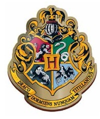 Harry Potter – Hogwarts Crest Enamel Badge - Cover