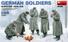 MiniArt - 1/35 - German Soldiers (Winter 1941-42) (Plastic Model Kit)