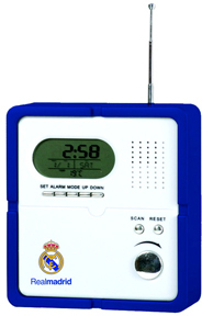 Real Madrid - Club Crest Radio With Digital Clock - Cover