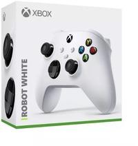 Microsoft Xbox Series X | S Wireless Controller - Robot White (Xbox Series X, Xbox One, Windows 10 PC, Android & iOS)