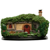 The Hobbit Trilogy - Hobbit Hole - 34 Lakeside Environment Figurine