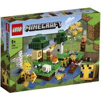 LEGO® Minecraft - The Bee Farm (238 Pieces)