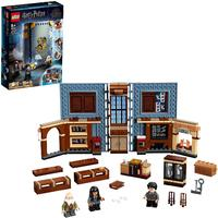 LEGO® Harry Potter - Moment: Charms Class (876 Pieces)